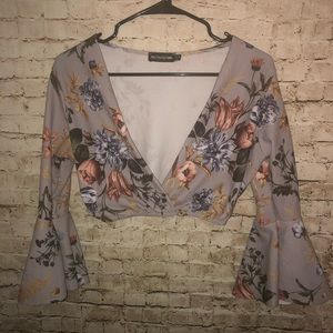 Pretty Little Thing Floral Plunge Crop Top SZ US 6